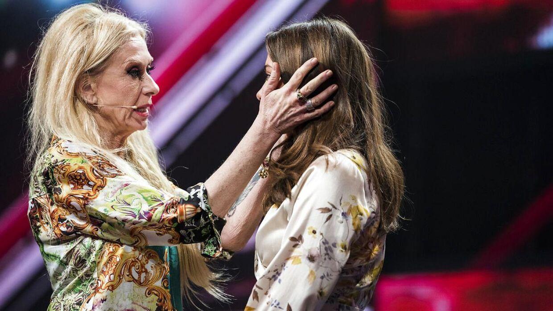 Sanne Salomonsen vil også fremover tage sig af Vita, selv om hun er ude af 'X Factor'.