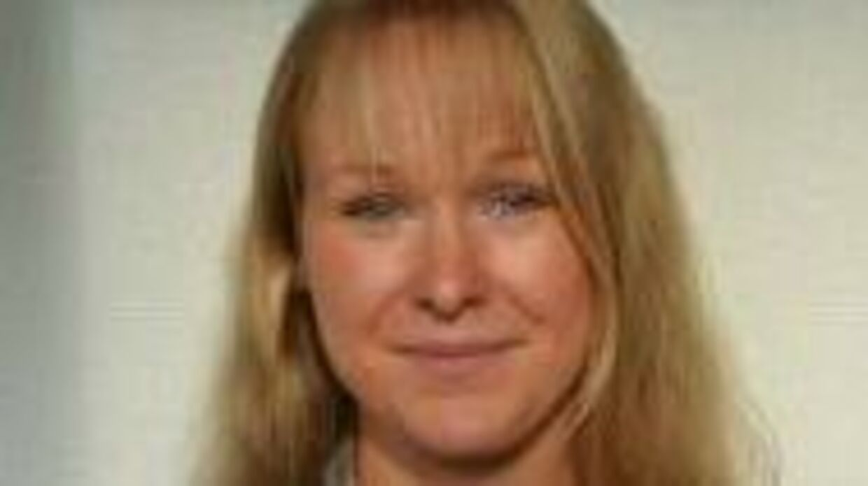 Julie Brøndum Mortensen var underviser på Nordjyllands Landbrugsskole. Hun mistede kontrollen over sin motorcykel til træning under et racerløb i Tyskland. Hun blev 30 år gammel.