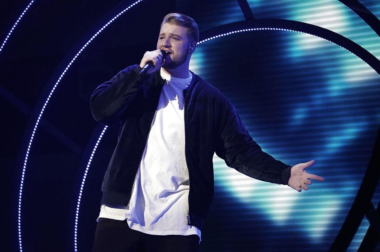 Rasmus på scenen. X Factor finale den 6. April 2018.