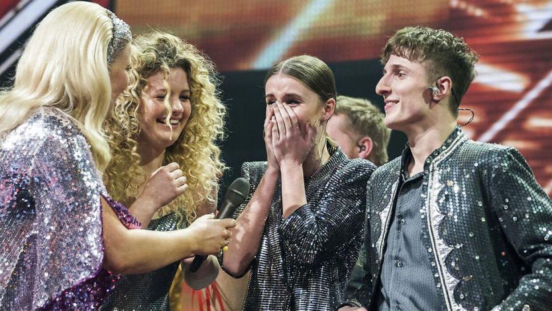 sendxnet Place on Earth og Thomas Blachmann vinder den sidste X Factor i denne omgang. X Factor Finale, sæson 11 liveshow 7, fredag den 6. april 2018.