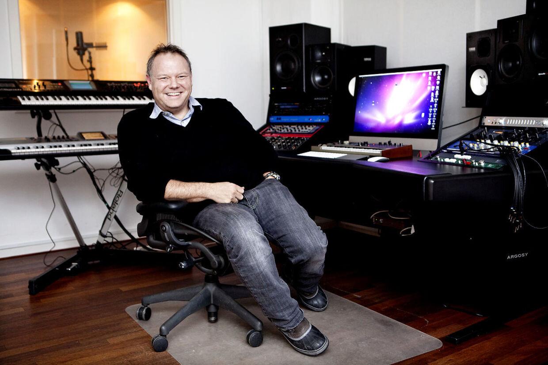 Cutfather - født Mich Hedin Hansen - var dommer i 2011 og 2012.