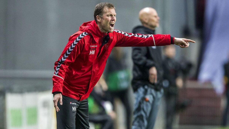 Der er ikke noget, der er ligegyldigt, mener Morten Wieghorst, cheftræner AaB. Her ses han under Alka Superliga-kampen mellem FC København og AaB I Telia Parken onsdag den 18. april 2018.