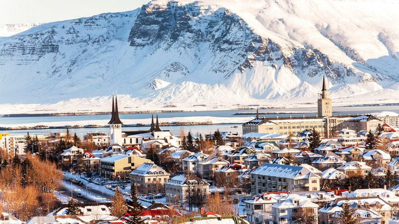 Reykjavik kan blive din base i sommerferien, hvis du vinder Wow Airs konkurrence.