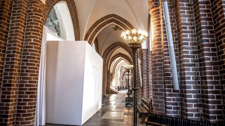 Dronning Margrethes grav gøres klar i Roskilde Domkirke tirsdag den 20. marts 2018.