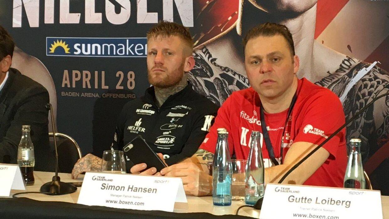 Patrick Nielsen og manager Simon Lundt kræver revanche efter det tætte nederlag til Arthur Abraham.