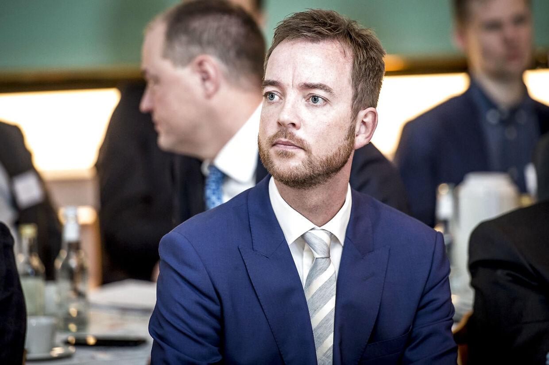 (ARKIV) Miljø- og fødevareminister Esben Lunde Larsen (V) stopper som minister.