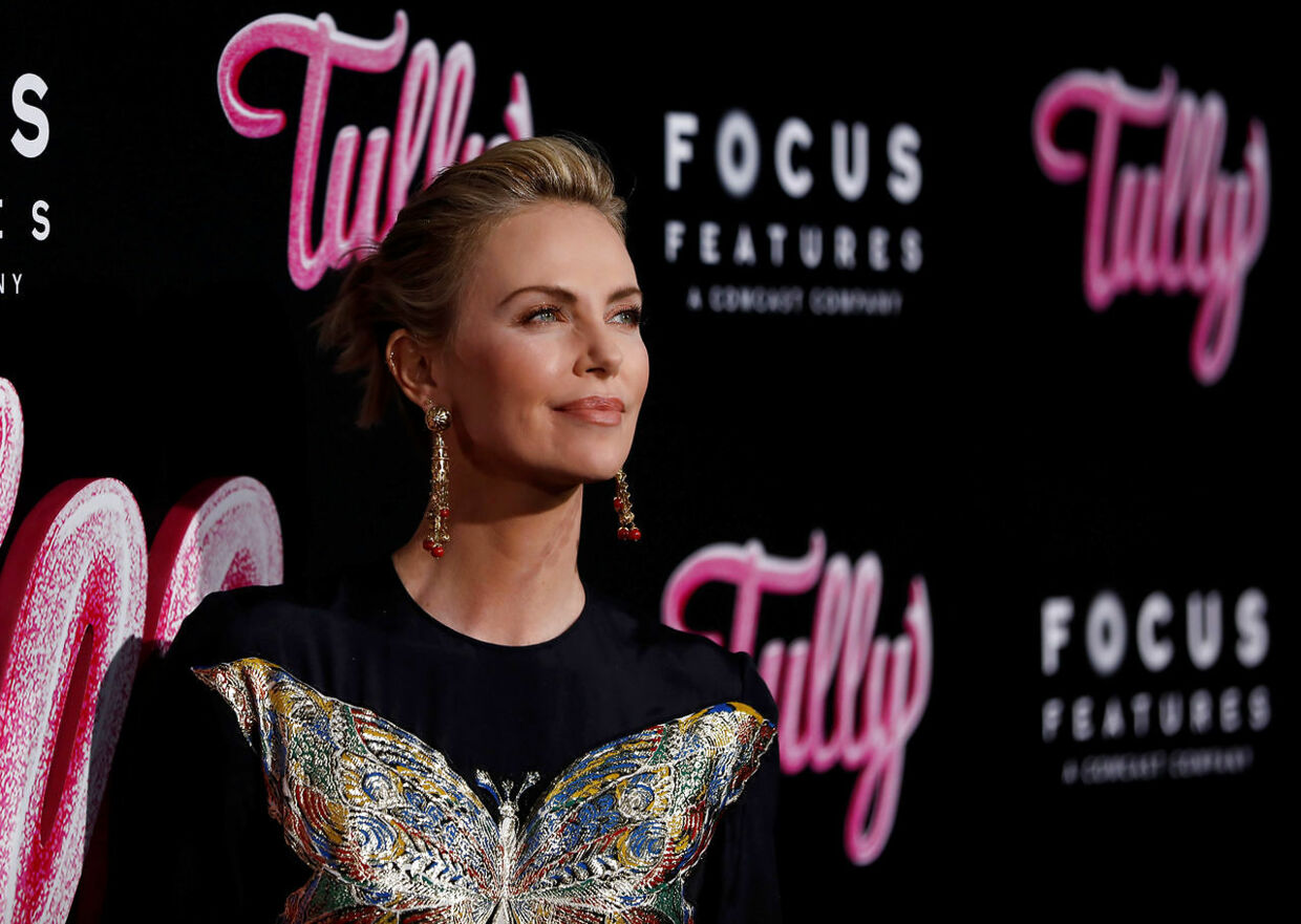 Charlize Theron til premieren på filmen Tully i Los Angeles den 18. april.