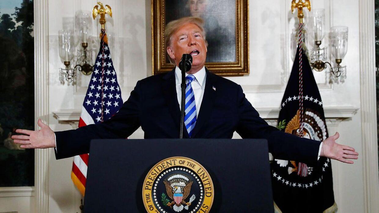 USA's præsident Donald Trump på talerstolen tirsdag aften. Den 8. maj.