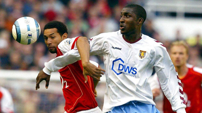 Den tidligere Aston Villa-spiller Jlloyd Samuel er blevet dræbt efter en bilulykke.