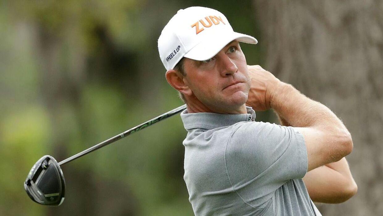 Golfspilleren Lucas Glovers kone gik amok, efter mandens dårlige præstation. Det førte til en anholdelse.