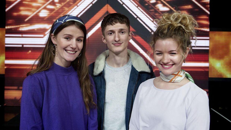 Place on Earth som består af Kathrine, Andreas og Mille vandt X-Factor 2018. Nu arbejder de på deres debutalbum, mens de tournerer rundt i landet.