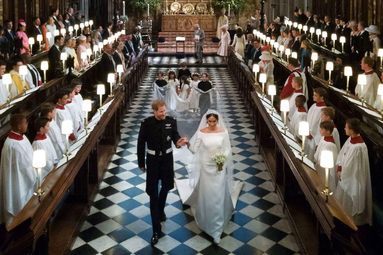 Prins Harry og Meghan Markle i Sankt George-kapellet.