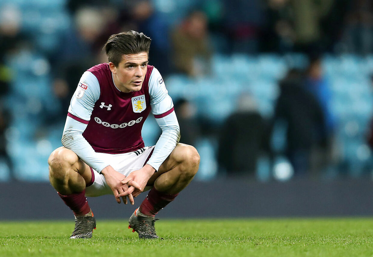 Jack Grealish kæmper for at rykke op i Premier League med Aston Villa.