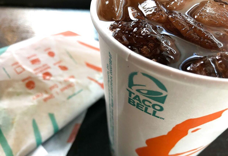 Sodavand og fast food fører til overvægt og kræftrisiko. Arkivfoto