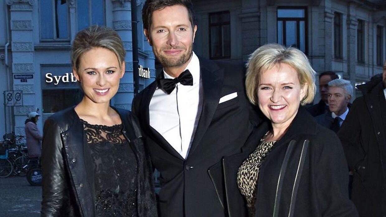 Tv-vært Tine Gøtzsche (til højre) stopper på DR efter 22 år.