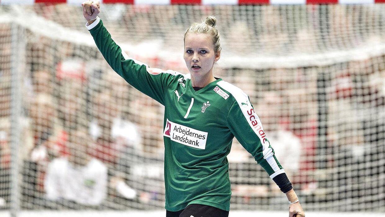 Sandra Toft blev kåret til årets kvindelige landsholdsspiller til Dansk Håndbold Award i Viborg.