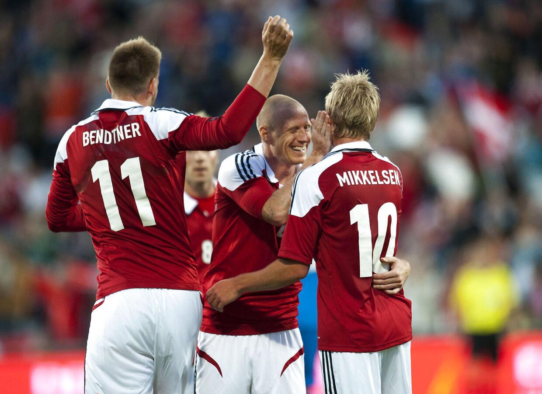 Dansk jubel efter Tobias Mikkelsens scoring til 1-0 i venskabskampen mod Slovakiet i 2012