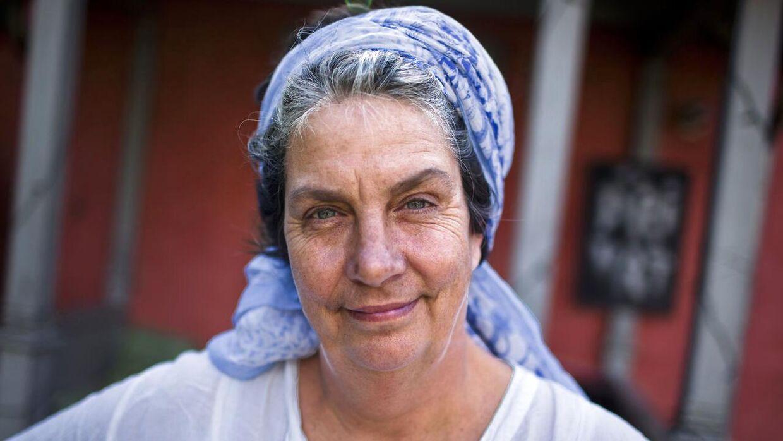 Camilla Plum - selvlært kogekone, foredragsholder, kogebogsforfatter og madskribent .