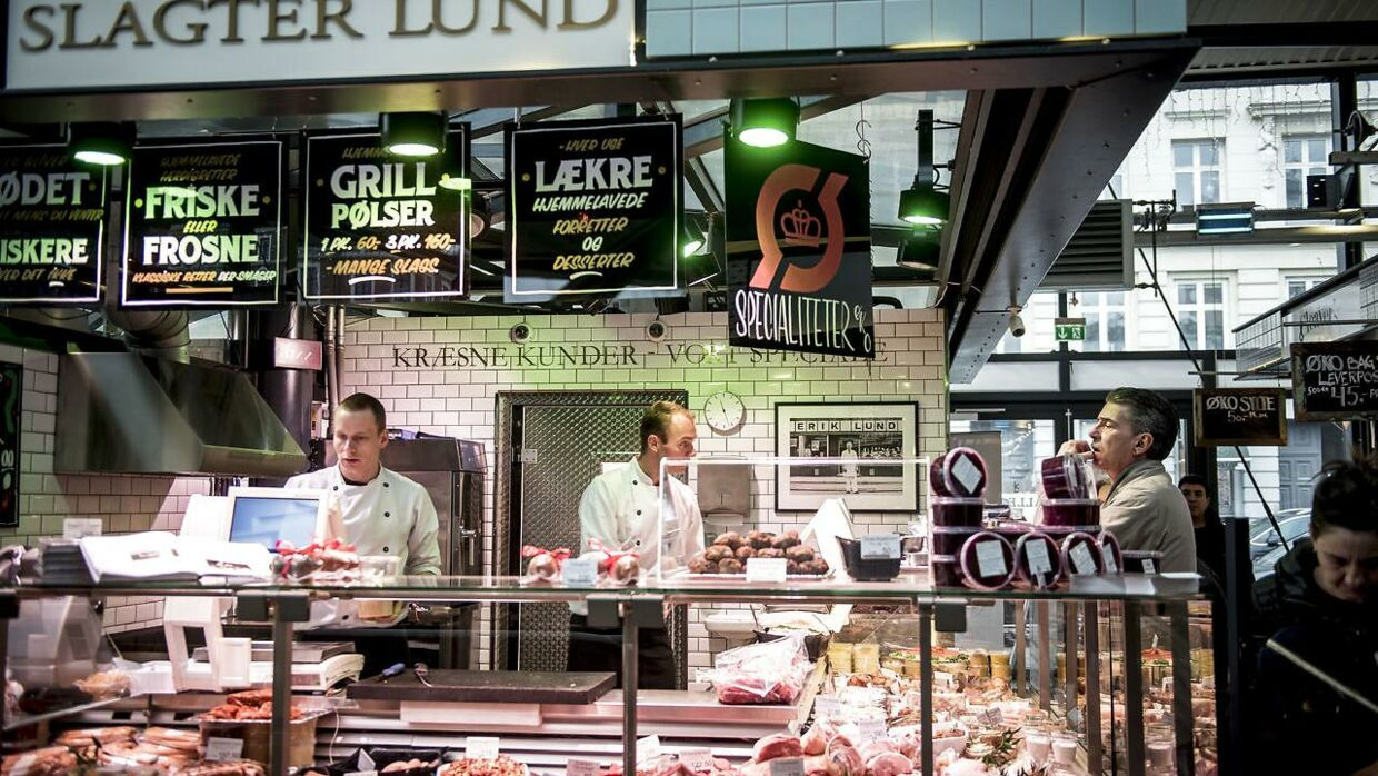 Slagter Lund i Torvehallerne i København har fået en sur smiley. Arkivfoto
