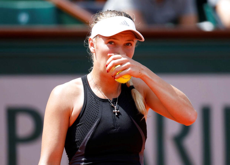 Caroline Wozniacki i aktion under sidste uges French Open, hvor hun gled ud i fjerde runde efter nederlag mod russeren Daria Kasatkina.