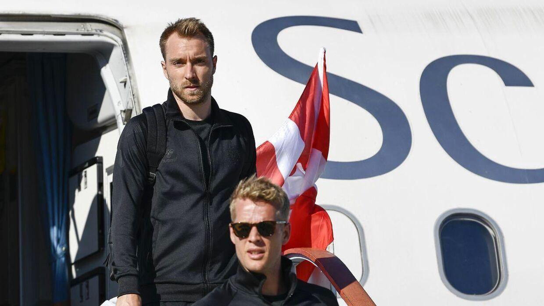 Christian Eriksen er lige landet i Anapa Lufthavn, hvor han og resten af det danske fodboldlandshold har base under VM i Rusland.