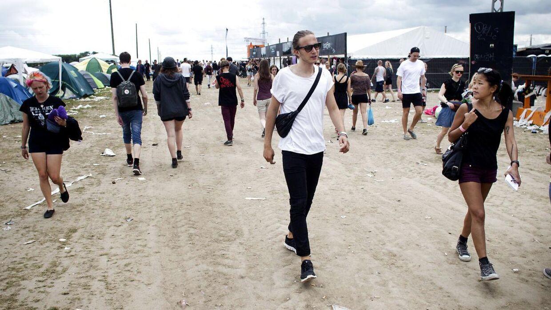 2PMs udsendte scouter modeller på Roskilde Festival. 2PM er et blandt mange modelbureauer, der satser stort på at finde nye modeller på festivalerne.