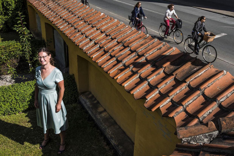 B.T. kan afsløre omfanget af Københavns Kommunes overfakturering for at renholde fortove. Teknik- og miljøborgmester Ninna Hedeager Olsen (EL) bakker op om en ekstern advokatundersøgelse af sagen.