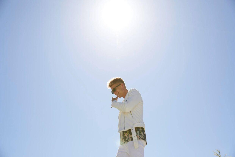 Bro fik sit nummer 'Sydpå' med i 'Paradise Hotel' og fik et af forårets største danske hits.
