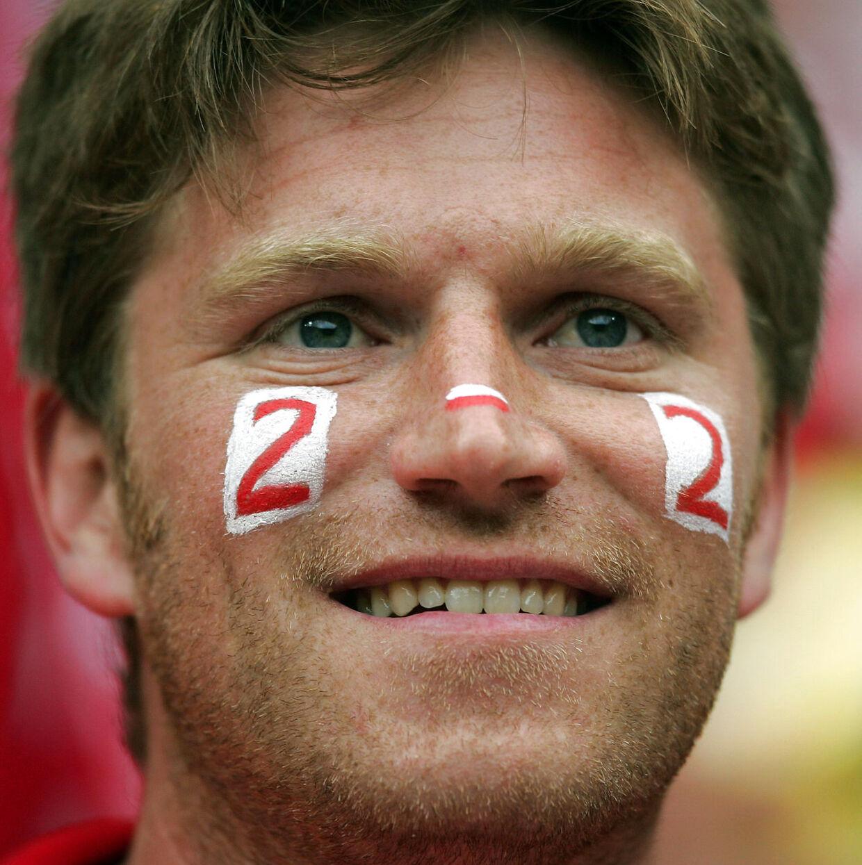 2-2 var det eneste resultat, der i 2004 kunne sende både Danmark og Sverige videre ved EM i Portugal. Og hvad blev kampen? 2-2, naturligvis