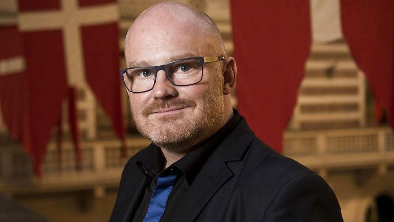 Den tidligere teknik- og miljøborgmester Morten Kabell (EL) blev i et notat orienteret om kommunens overpriser for renhold af fortove.