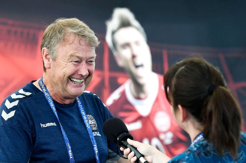 Åge Hareide er glad. Og det er Danmark også. Men derfor vil de fleste gerne se en brandkamp fra landsholdet og vores norske landstræner.