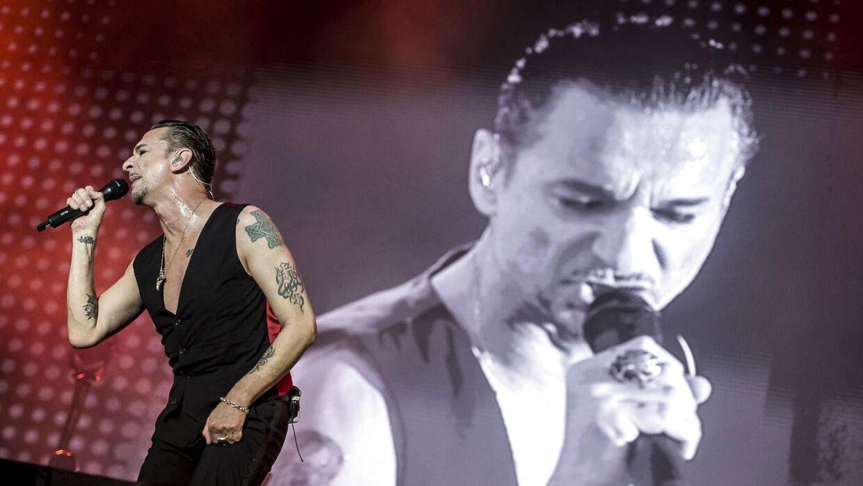 Forsanger for Depeche Mode, Dave Gahan, på Rød scene på årets Tinderbox.