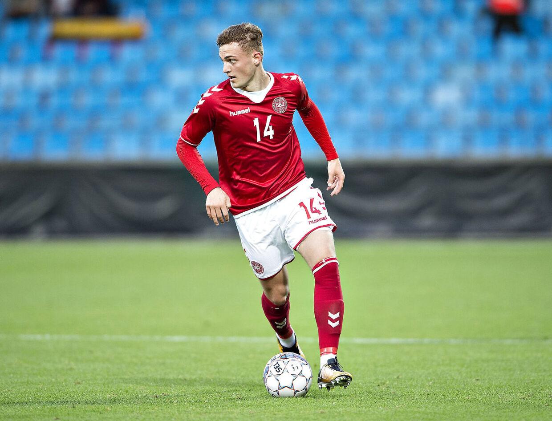 Jacob Bruun Larsen i en kamp for U21-landsholdet.