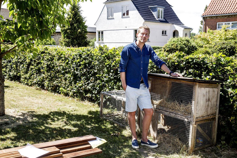 En nyansat sagsbehandler-elev gav husejeren Rune Gitz-Johansen besked på at indsende tekniske tegninger af et kaninbur til Københavns Kommune.