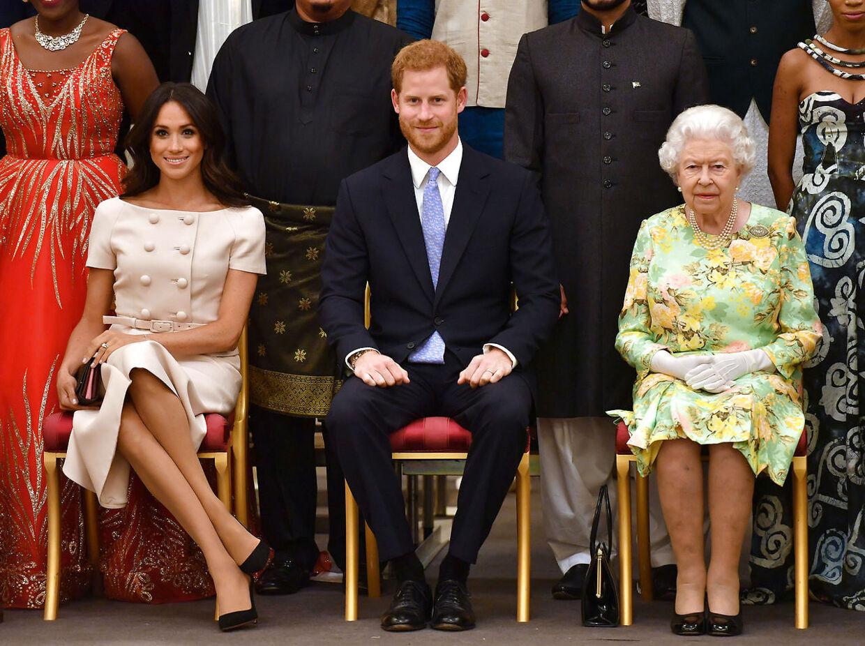 Meghan Markle og prins Harry deltog sammen med dronning Elizabeth II i en reception på Buckingham Palace.