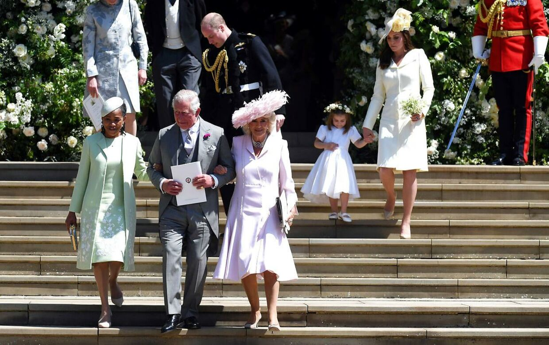 Meghan Markles mor, Doria Ragland, der her ses på venstre side af prins Charled, er den eneste, som Nicky Haslam tilsyneladende synes om fra Meghan Markles familie.