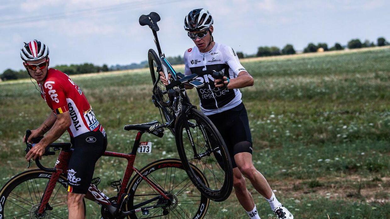 Den firedobbelte Tour de France-vinder og forsvarende mester, Chris Froome, fik en noget turbulent start på årets løb.