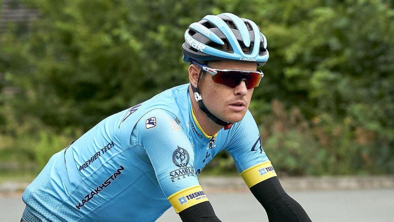 Jakob Fuglsang og resten af Astana-mandskabet måtte på anden etape sige farvel til deres holdkammerat Luis Leon Sanchez.