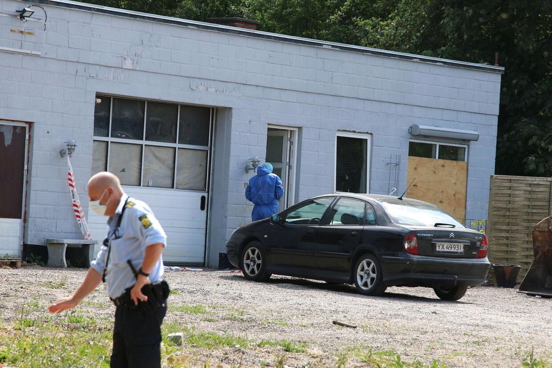 ARKIVFOTO fra politiets efterforskning af sagen i Mullerup søndag.