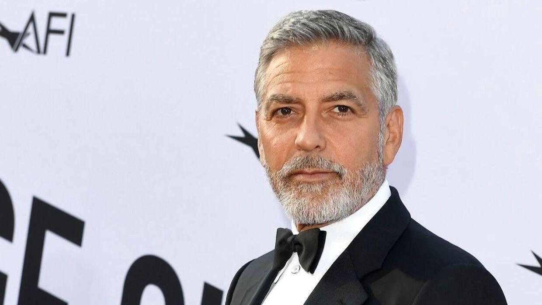 George Clooney har ifølge et nyhedsbureau været involveret i en motorcykelulykke. / AFP PHOTO / VALERIE MACON