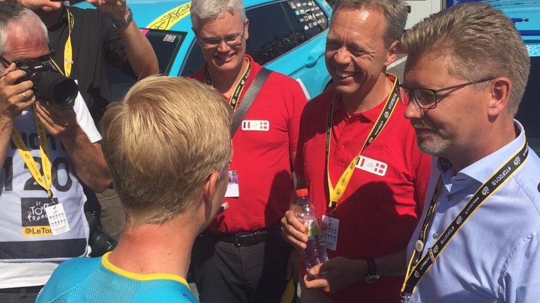 Michael Valgren (tv.) og Københavns overborgmester, Frank Jensen (th.), fik sig en god snak om en mulig dansk Tour-start i 2021