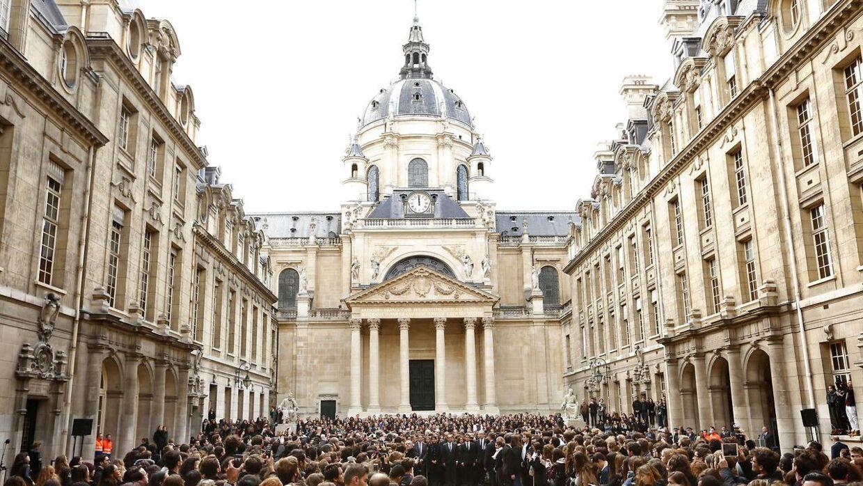 Her ses den ikoniske Sorbonne Universitet i Paris