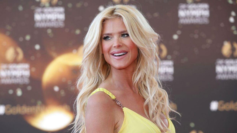 Supermodellen Victoria Silvstedt afslørerede for nylig, at hun havde været sin tidligere ægtemand utro.