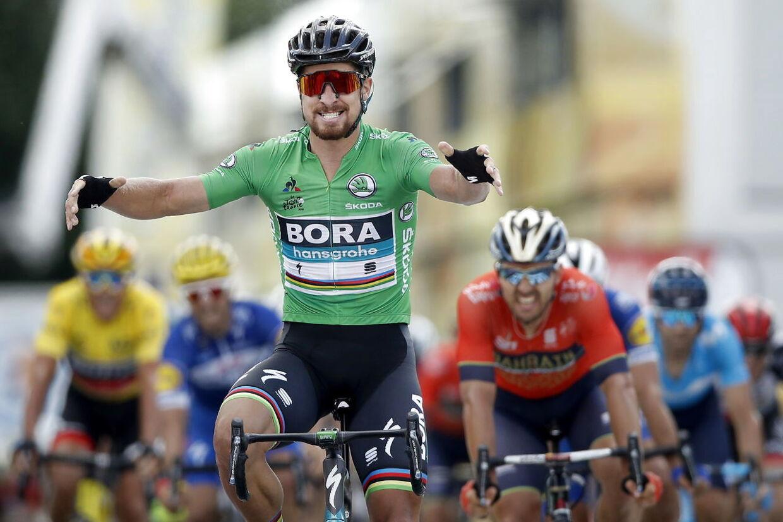 Peter Sagan sprintede sig til sejren på 5. etape i Tour de France.