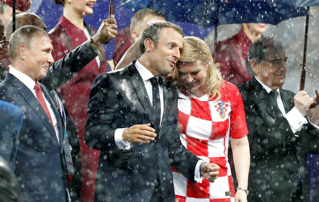 Soccer Football - World Cup - Final - France v Croatia - Luzhniki Stadium, Moscow, Russia - July 15, 2018 (L - R) President of Russia Vladimir Putin, President of France Emmanuel Macron and Croatia President Kolinda Grabar-Kitarovic during the presentation REUTERS/Darren Staples