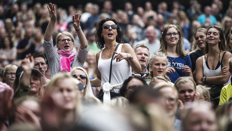 Det er sæson for festivaler og dermed også høreskader. Husk at passe på ørerne, når du lytter til musikken.