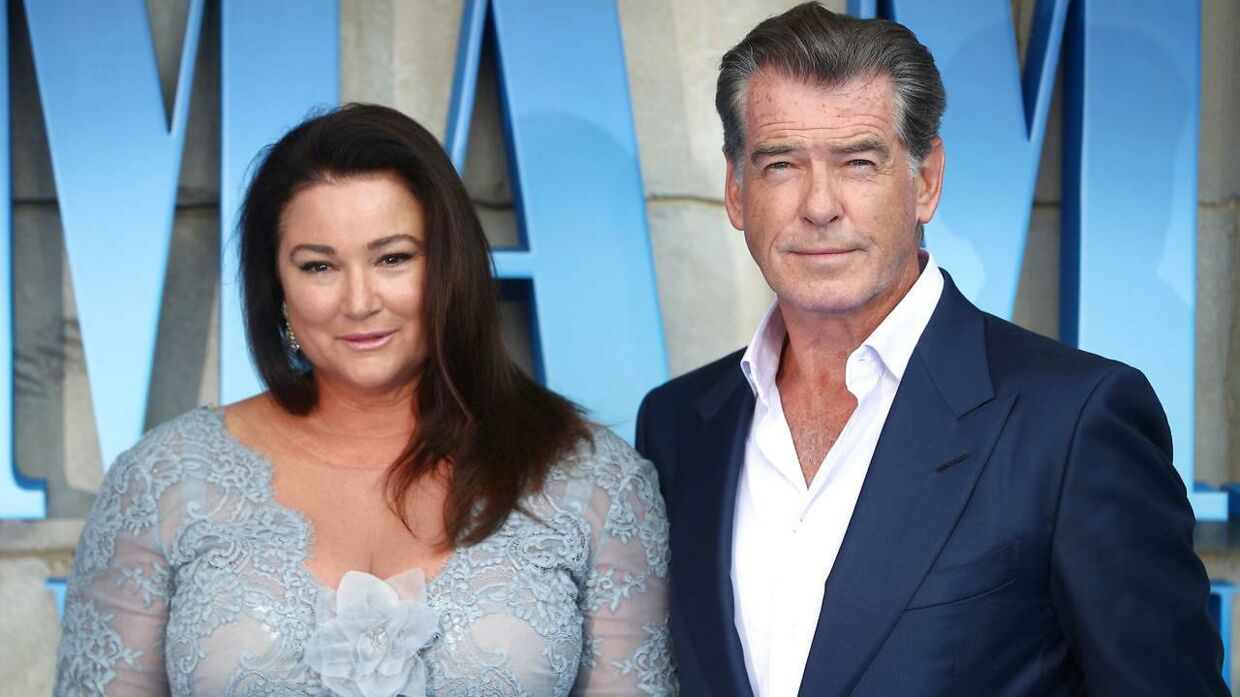 Pierce Brosnan og Keely Shaye Smith ved premieren på  'Mamma Mia! Here We Go Again, i London 16. juli.