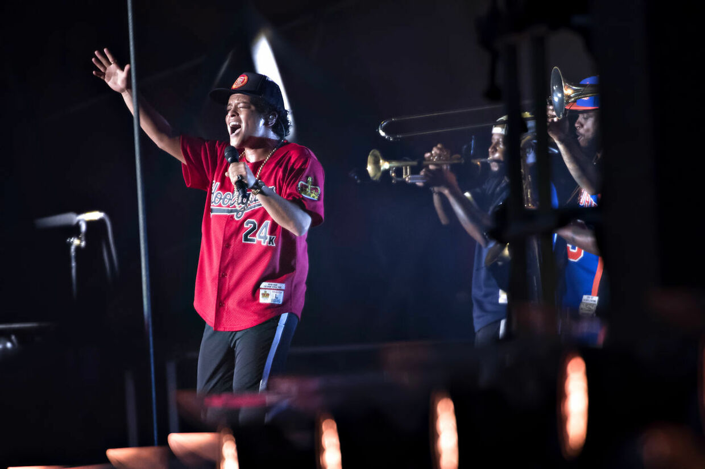 Bruno Mars spillede torsdag under årets Roskilde Festival.