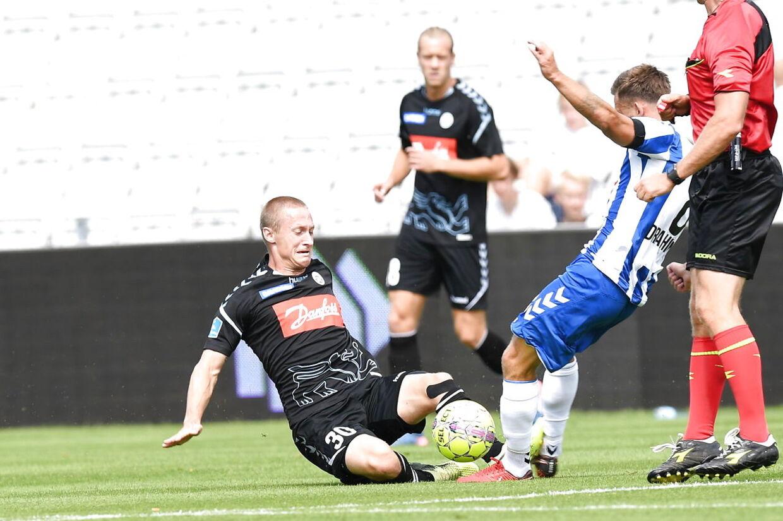 SønderjyskEs Marcel Rømer (30) i aktion. Superliga Fodbold OB - Sønderjyske - EWII Park Odense, søndag den 22. juli 2018. (Foto: Claus Fisker/Scanpix 2018)