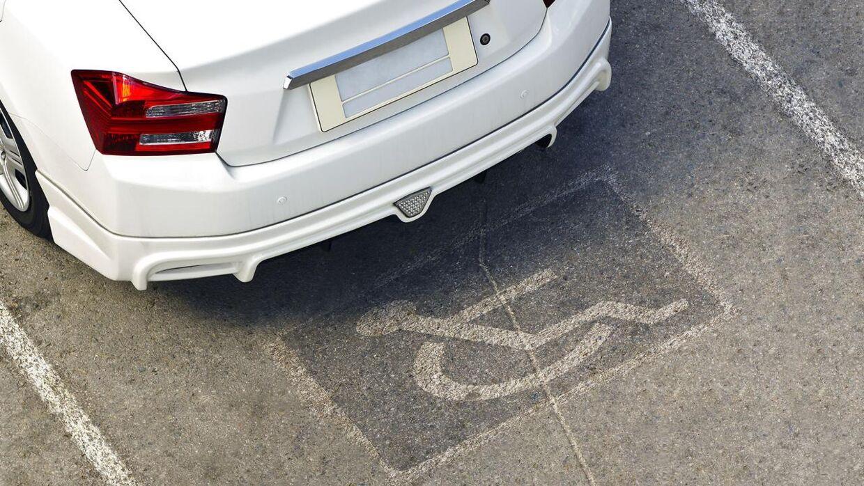 En sur borger mente ikke, at Yasmin Swift måtte holde parkeret på handicappladsen.